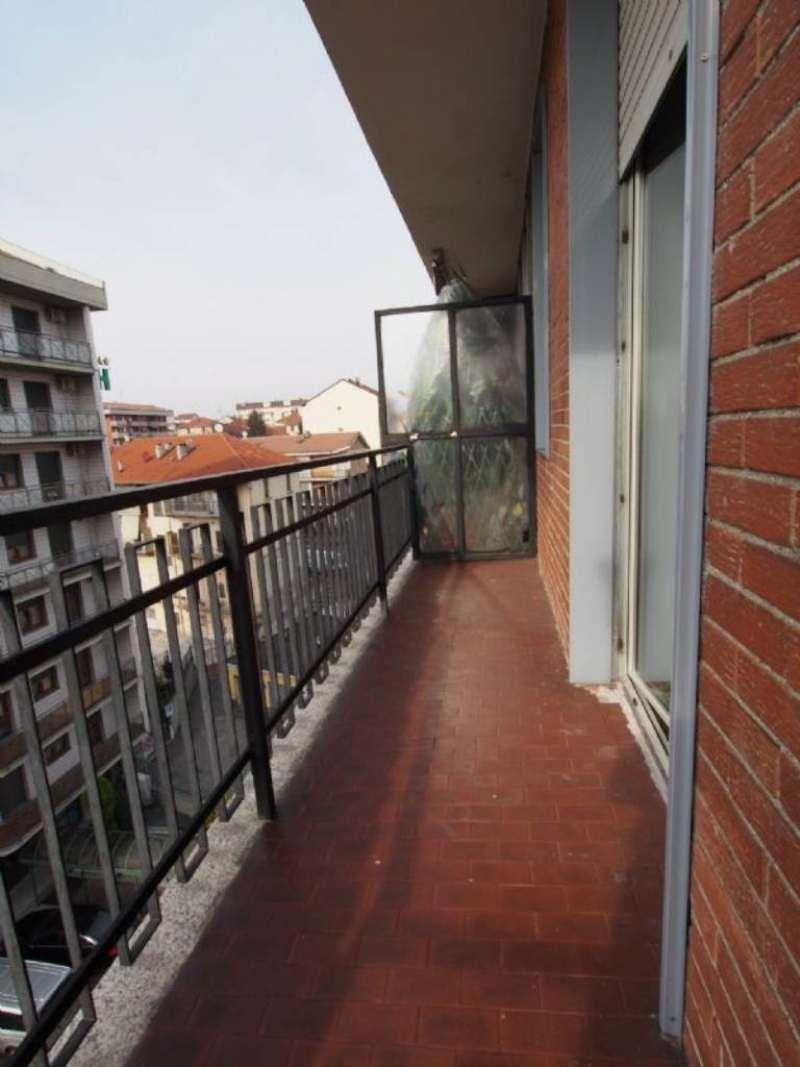 Bilocale Torino Via Caselette 11