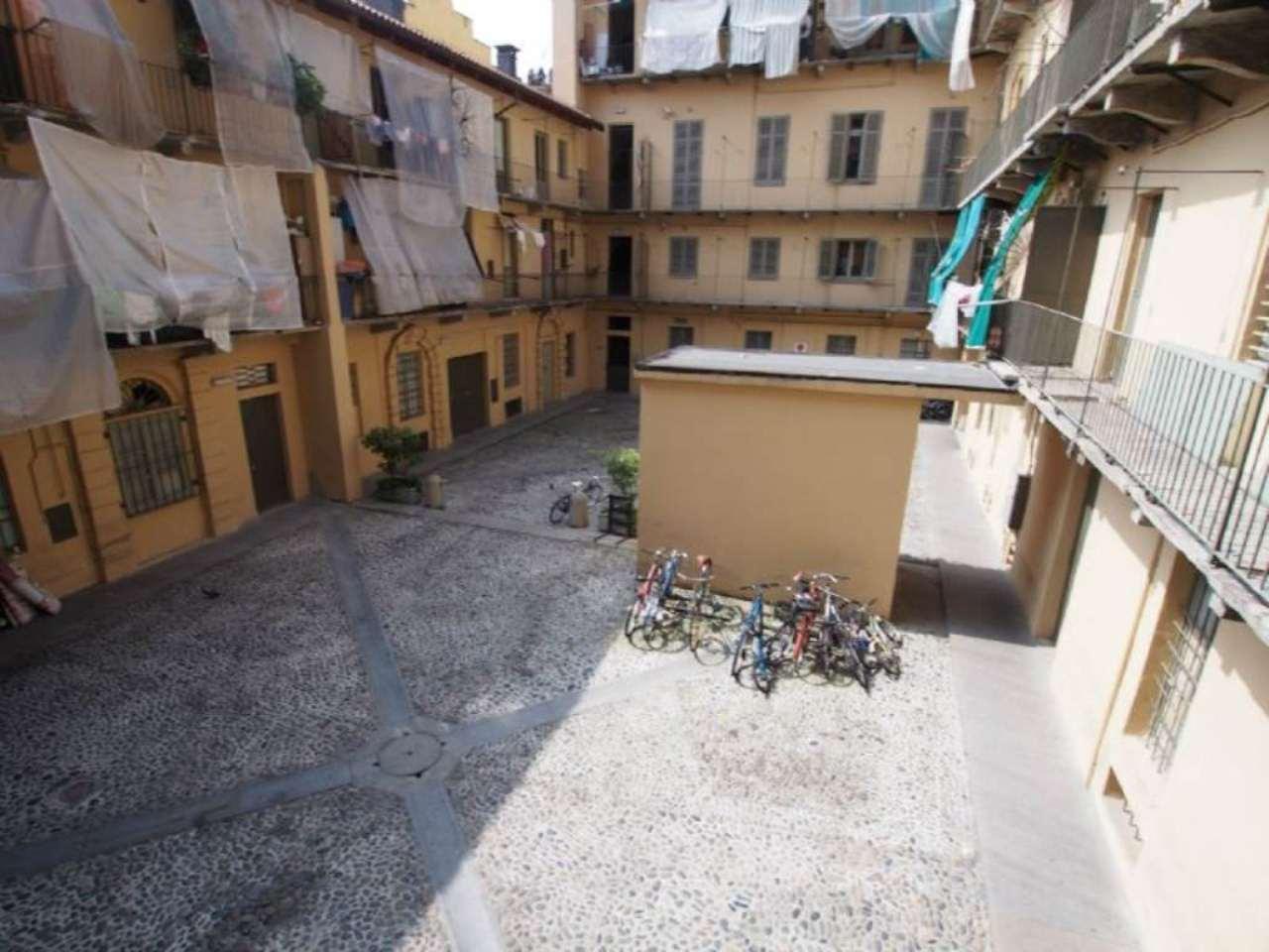 Bilocale Torino Corso Giulio Cesare 9