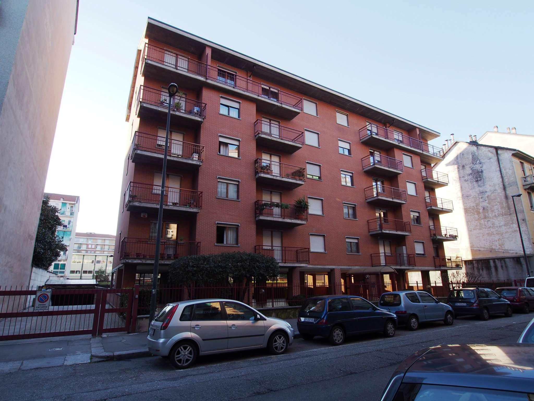 Bilocale Torino Via Monte Rosa 2
