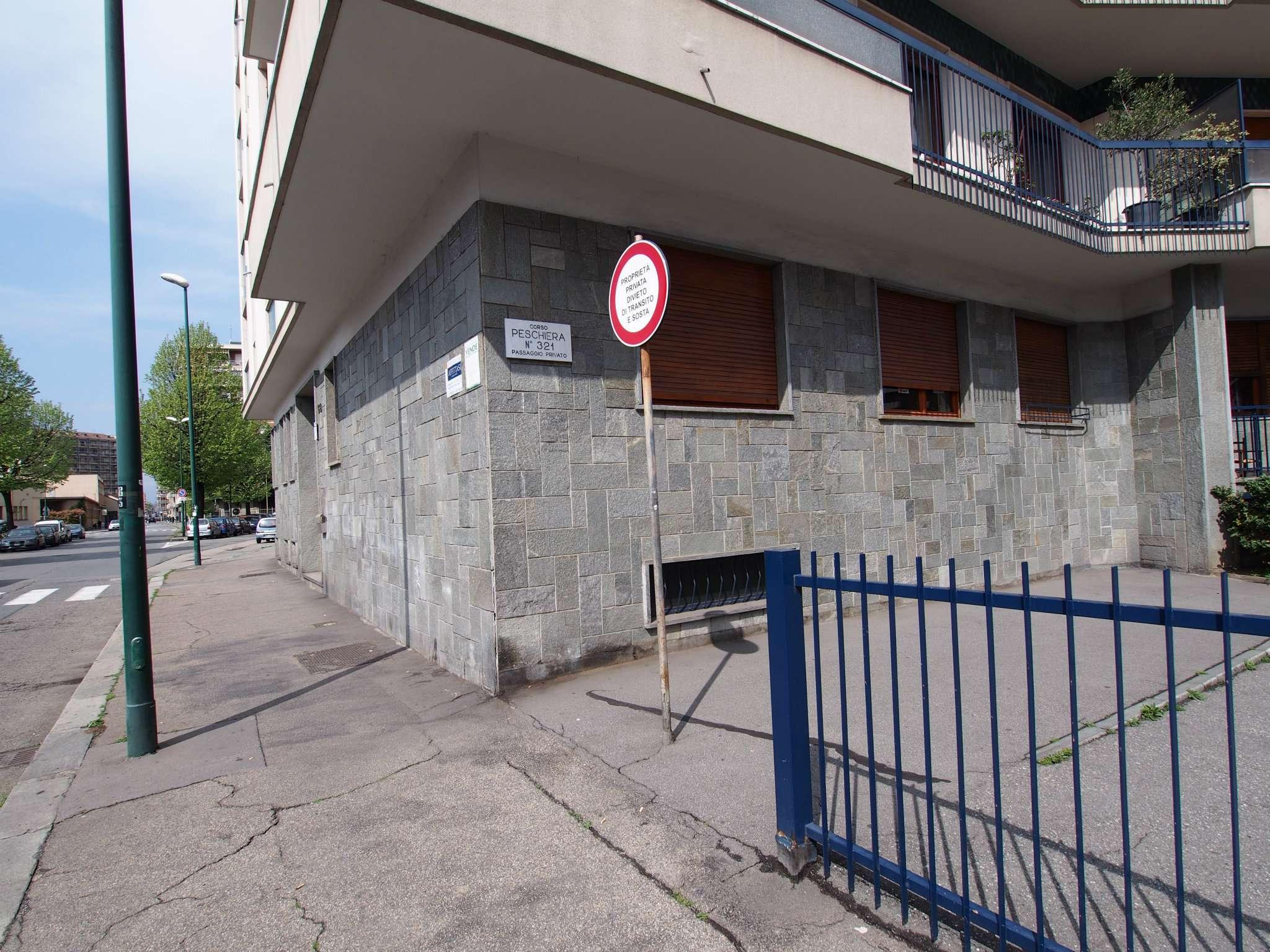 Bilocale Torino Via Bardonecchia 3