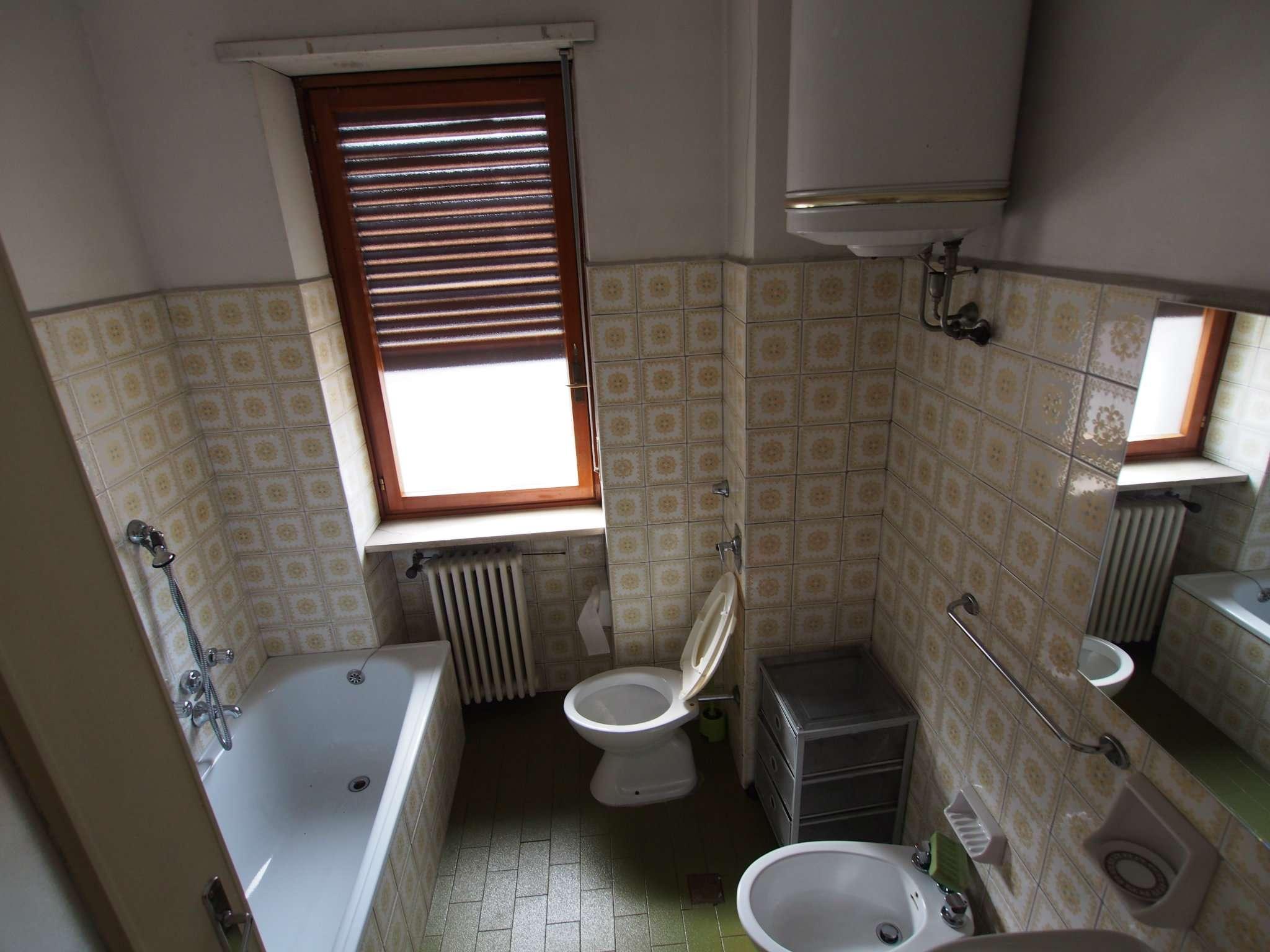 Bilocale Torino Via Bardonecchia 5
