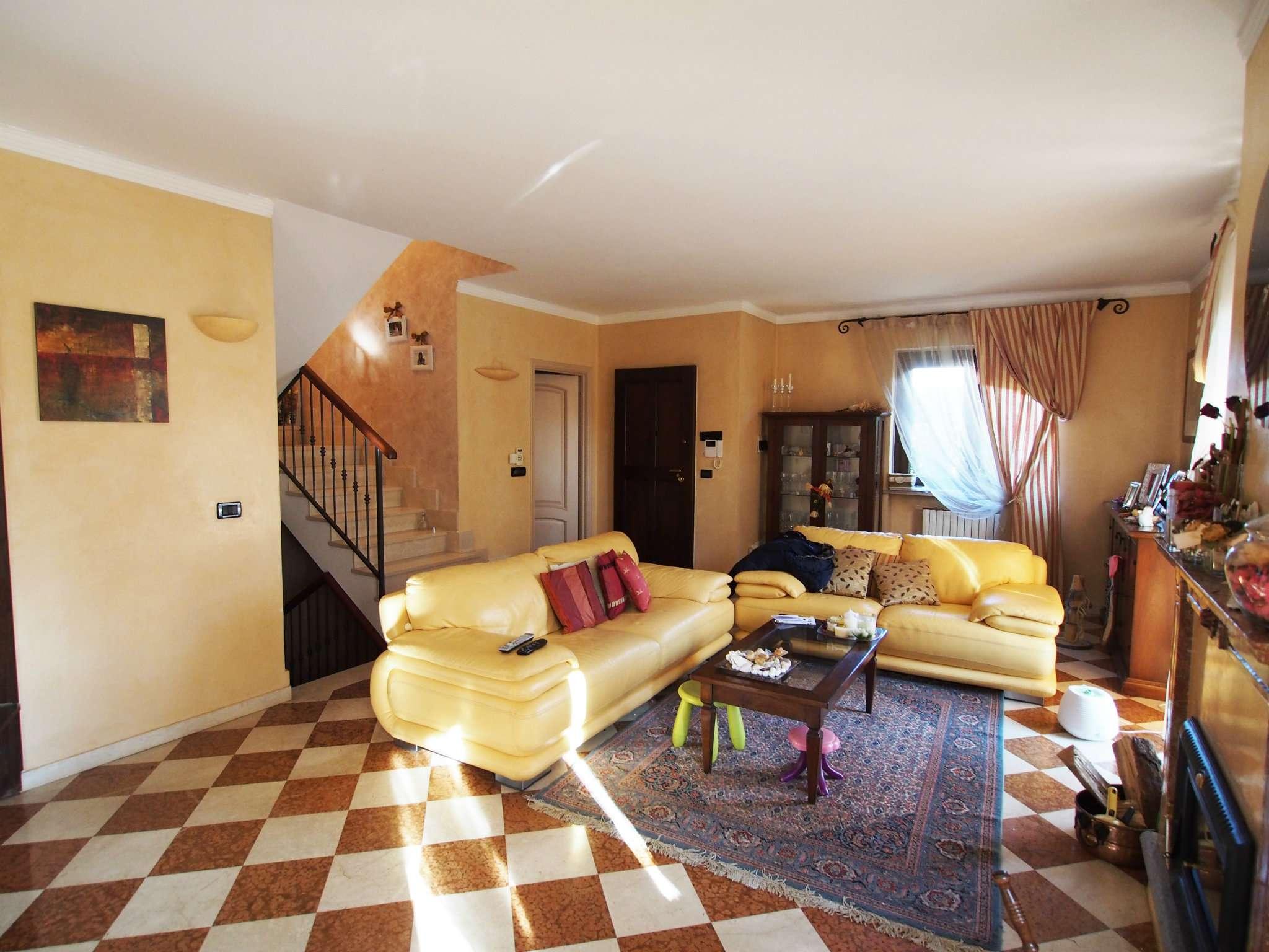 Villetta a Schiera in vendita via Moncenisio 156 Avigliana