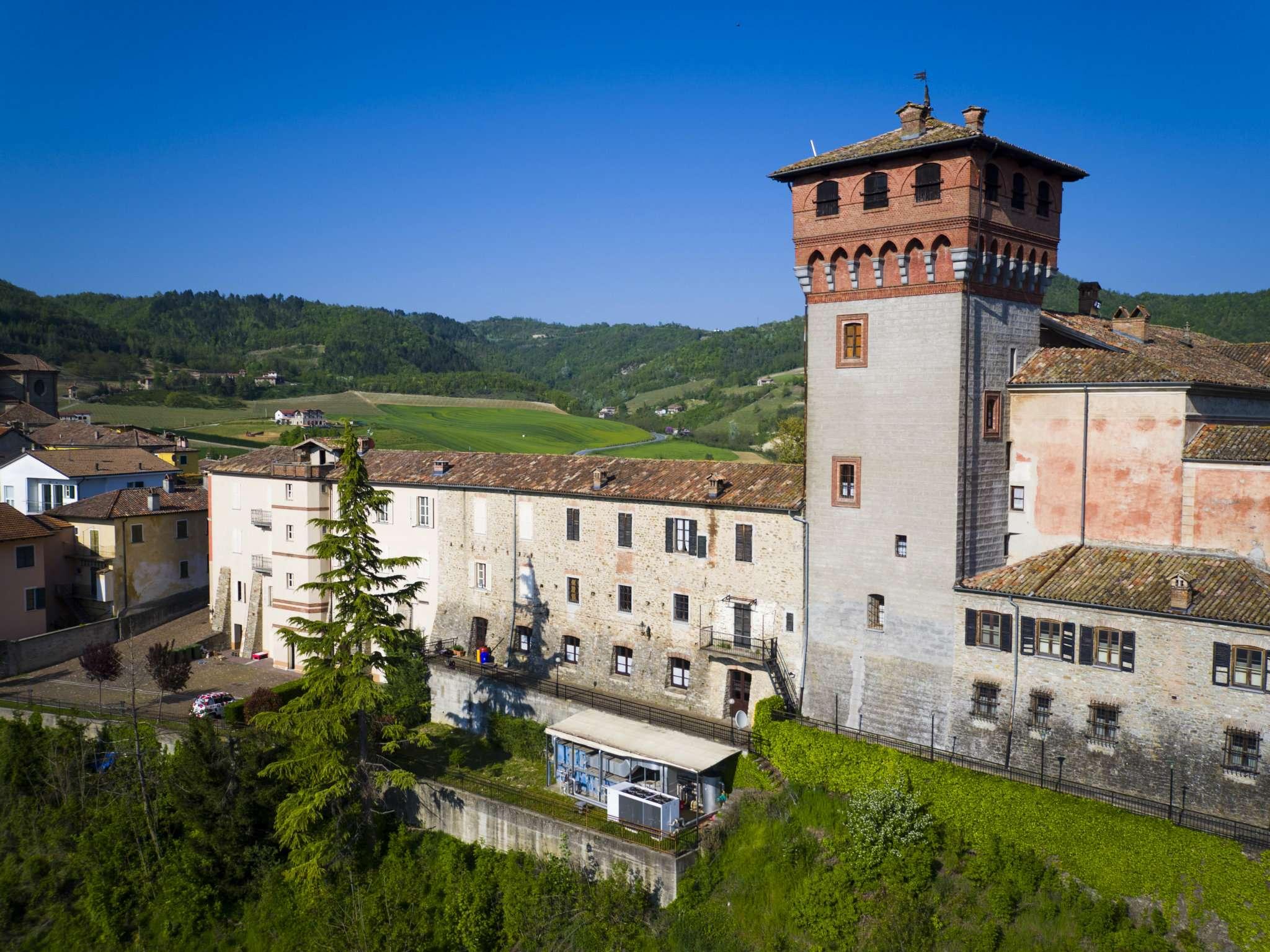 Palazzo-stabile Vendita Bubbio