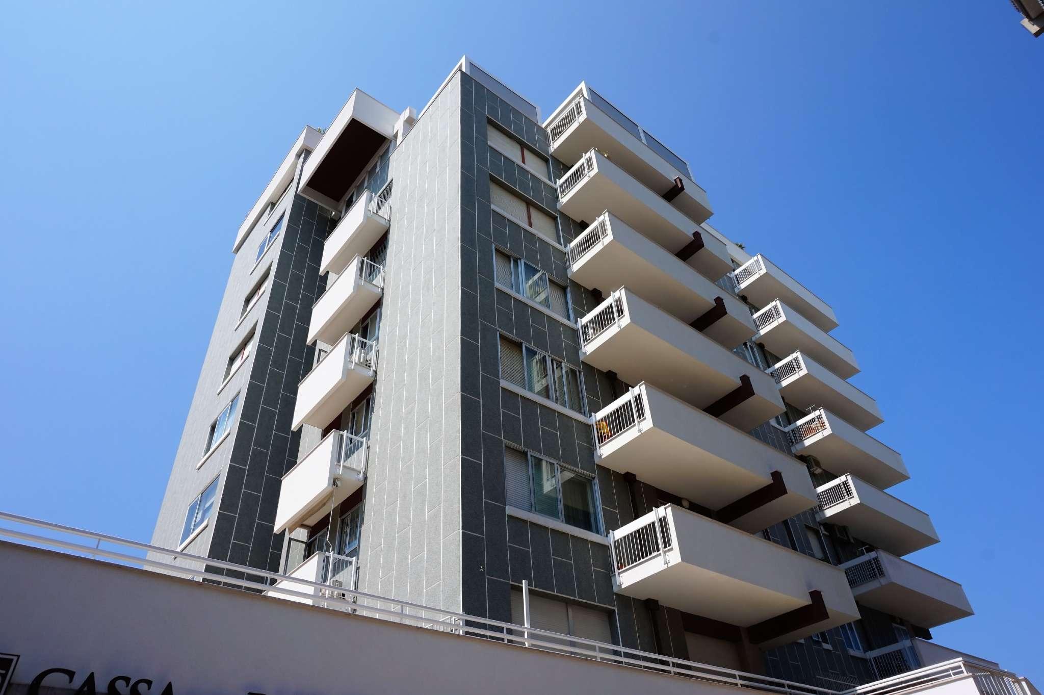 Appartamento in vendita viale Regina Elena Rimini