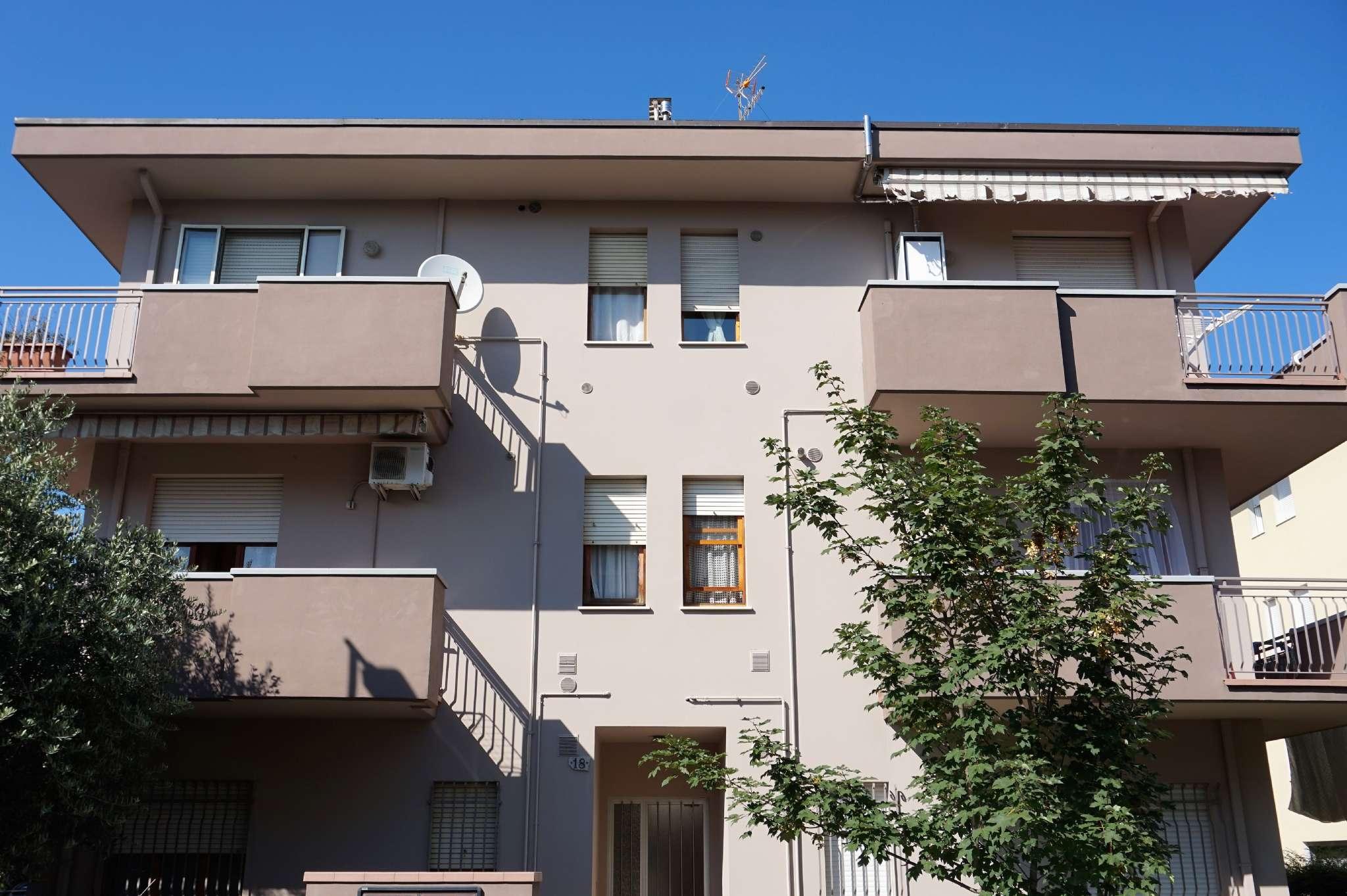 Appartamento in vendita via Pederobba Rimini