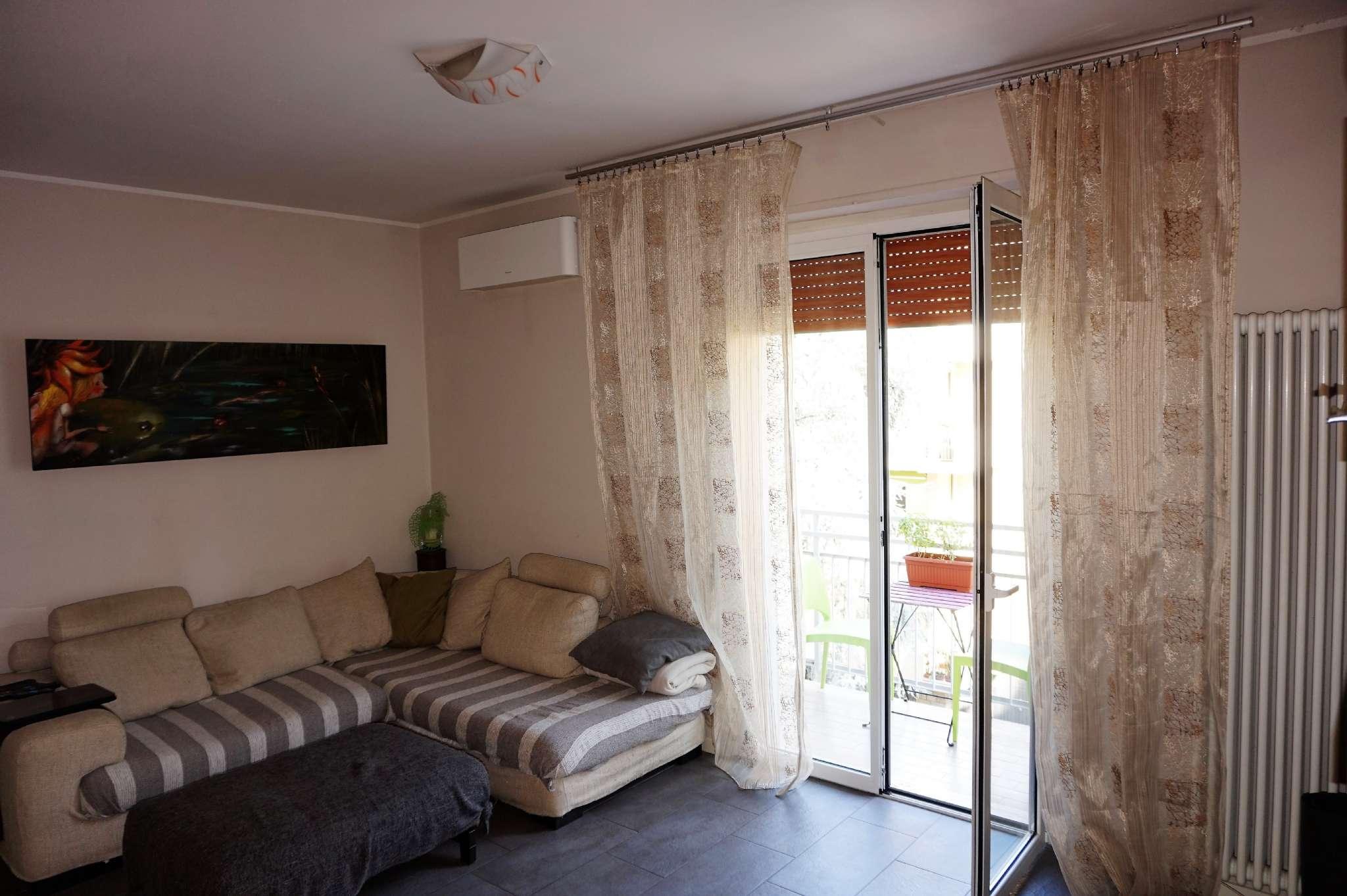 Appartamento in vendita via Piccinino Rimini