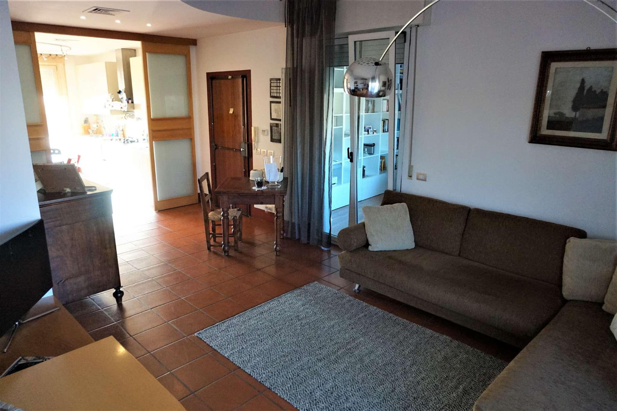 Appartamento in vendita via Caduti delle fosse Ardeatine Rimini