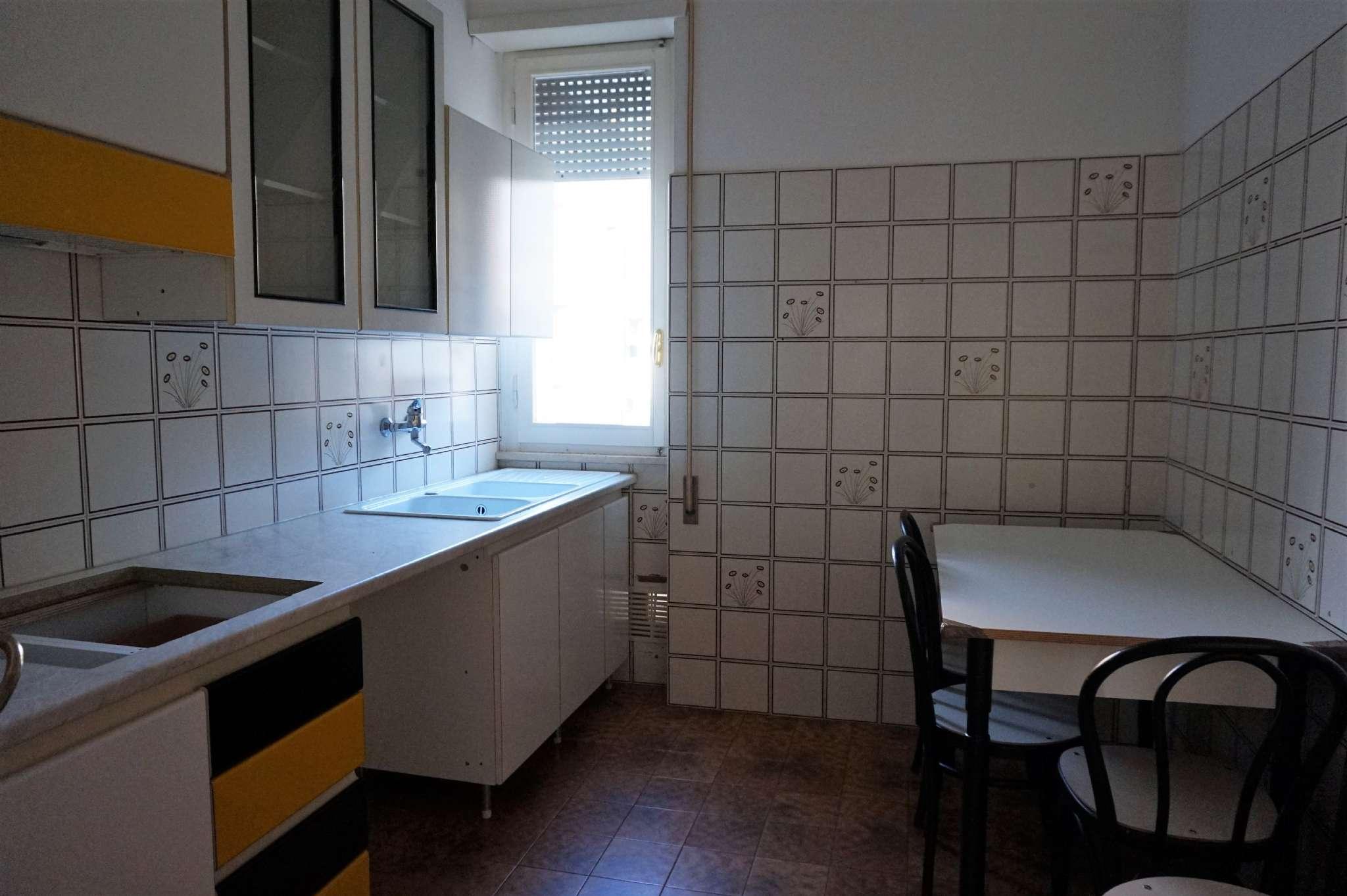 Appartamento in vendita via Mario Capelli Rimini