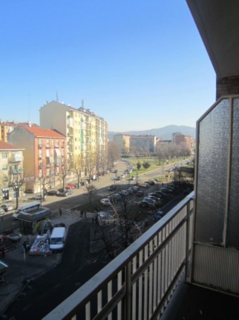 Bilocale Torino Via Monastir 7