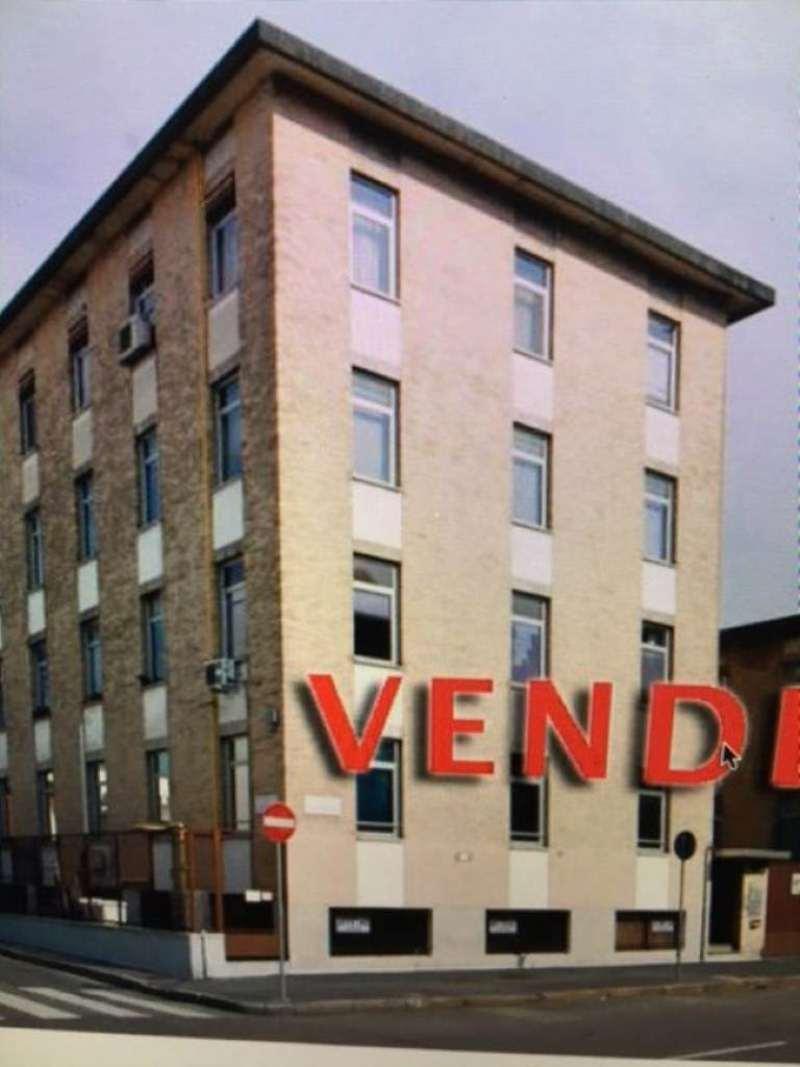 Palazzo / Stabile in vendita a Milano, 9999 locali, zona Zona: 12 . De Angeli, Vercelli, Washington, Sicilia, S. Michele del Carso, prezzo € 4.100.000 | Cambio Casa.it
