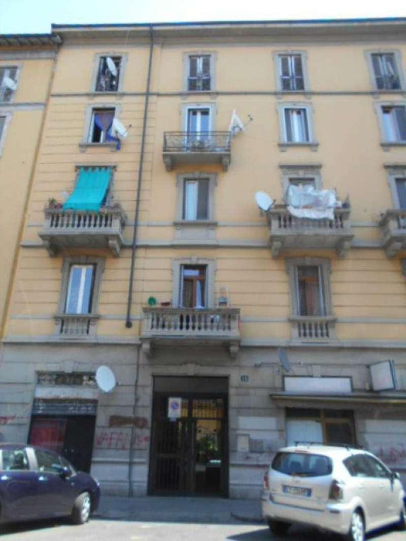 Bilocale Milano Via Arquà 3