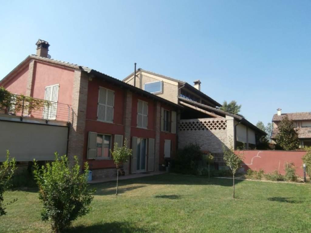Villa in vendita a Parma in Via Roma