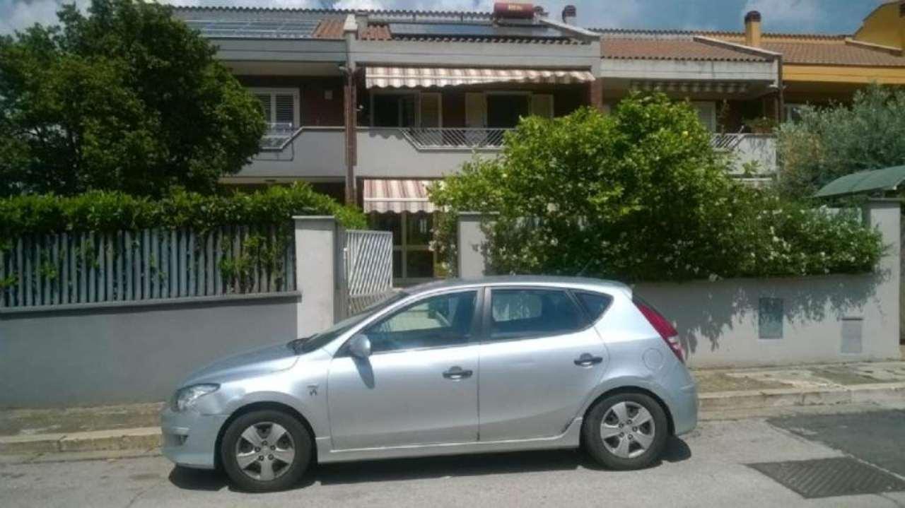 Villa a Schiera in vendita a Cori, 7 locali, prezzo € 270.000 | Cambio Casa.it