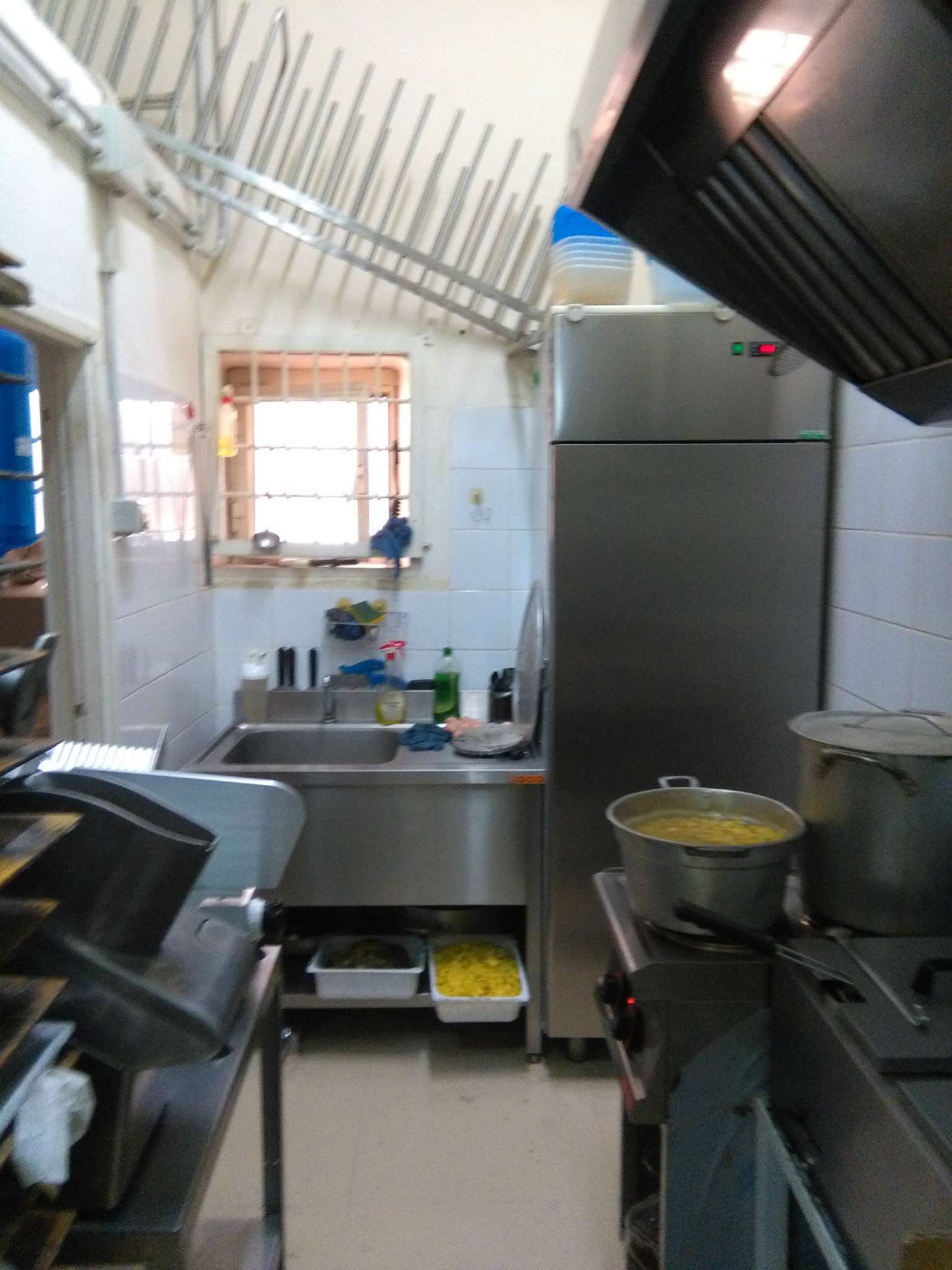 Ristorante / Pizzeria / Trattoria in Vendita a Pomezia