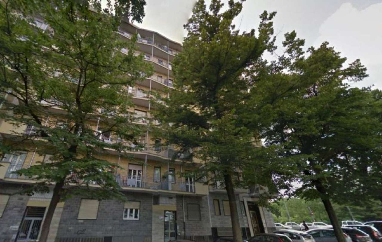 Bilocale Torino Corso Maroncelli 11