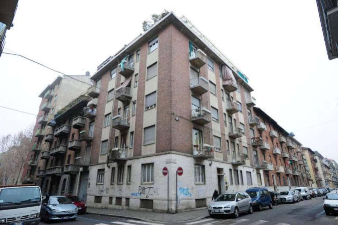 Bilocale Torino Via Principessa Clotilde 1