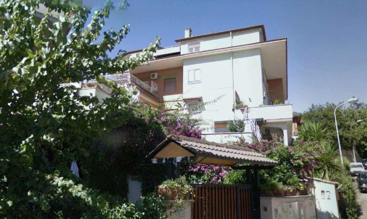 Appartamento monolocale in vendita a Guidonia Montecelio (RM)