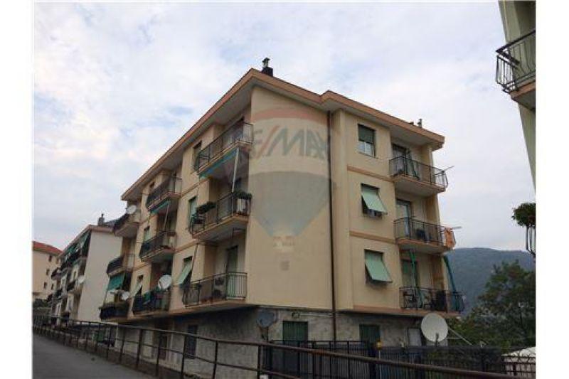 Trilocale in vendita a Genova in Viale Pino Sottano