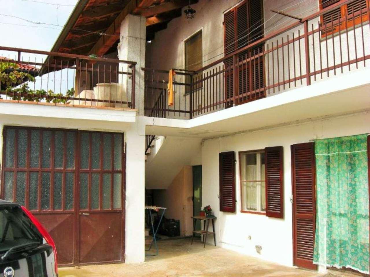 Soluzione Indipendente in vendita a Montanaro, 9 locali, prezzo € 130.000 | Cambio Casa.it