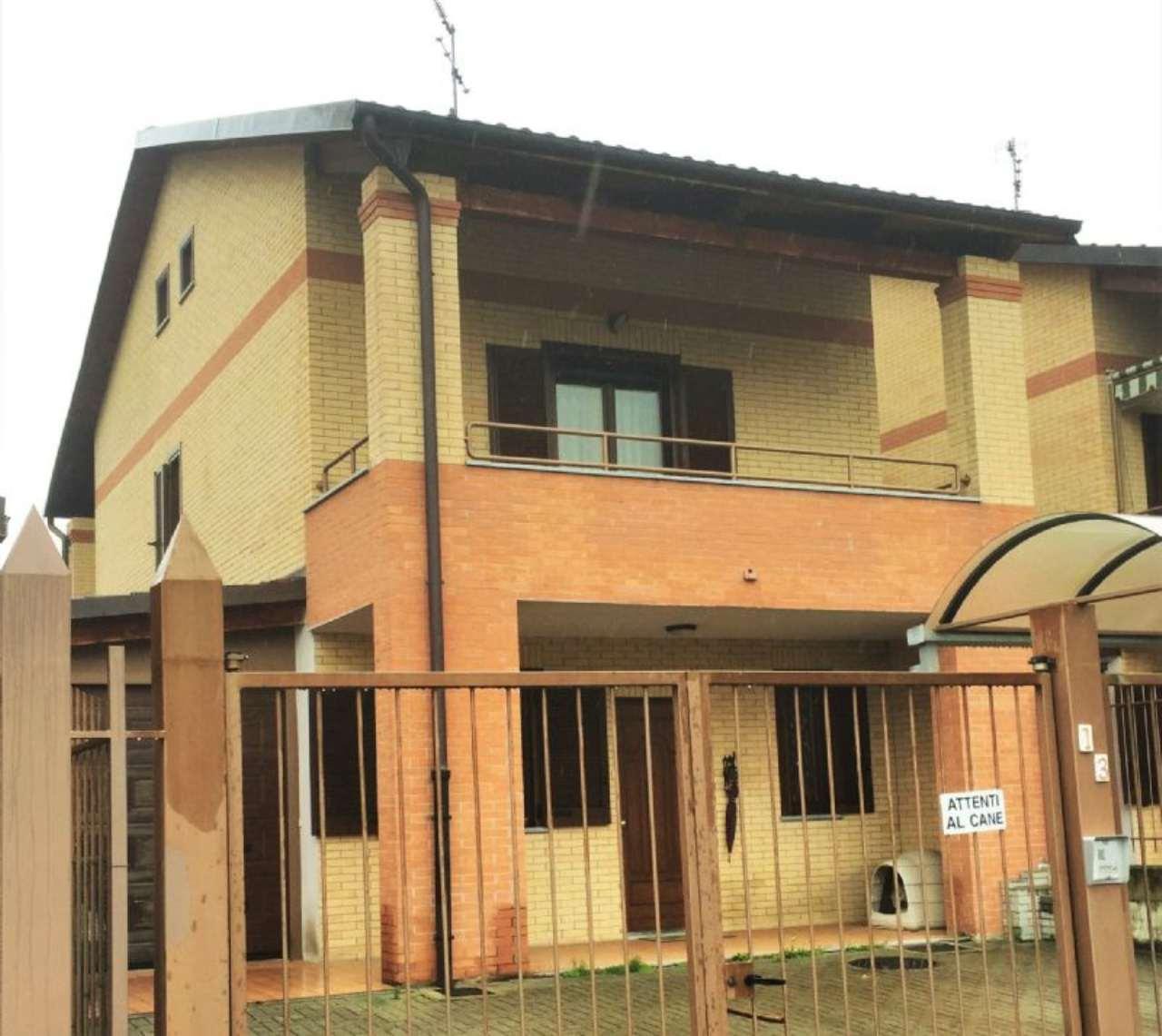 Villa in vendita a Vaie, 6 locali, prezzo € 198.000 | Cambio Casa.it