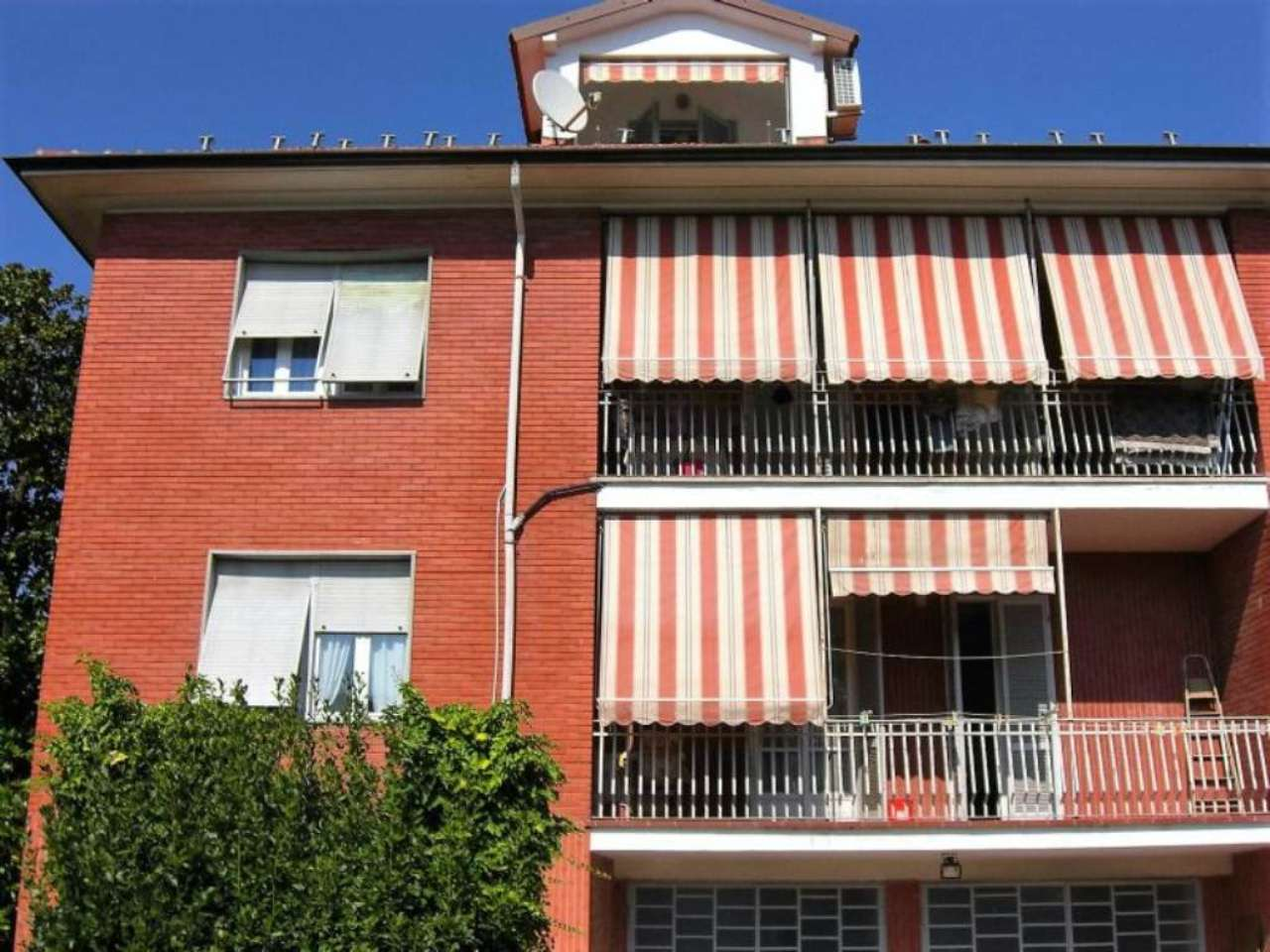 Ufficio / Studio in affitto a Bra, 6 locali, prezzo € 550 | Cambio Casa.it