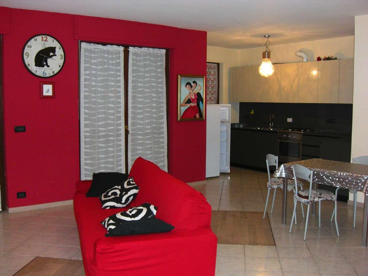 Appartamento in affitto a Carmagnola, 2 locali, prezzo € 450 | Cambio Casa.it