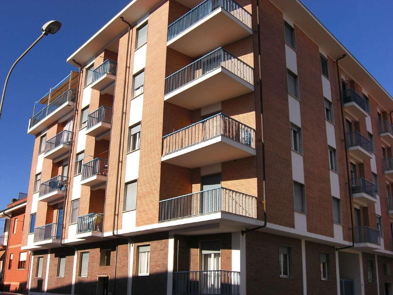 Appartamento in affitto a Carmagnola, 2 locali, prezzo € 300 | Cambio Casa.it