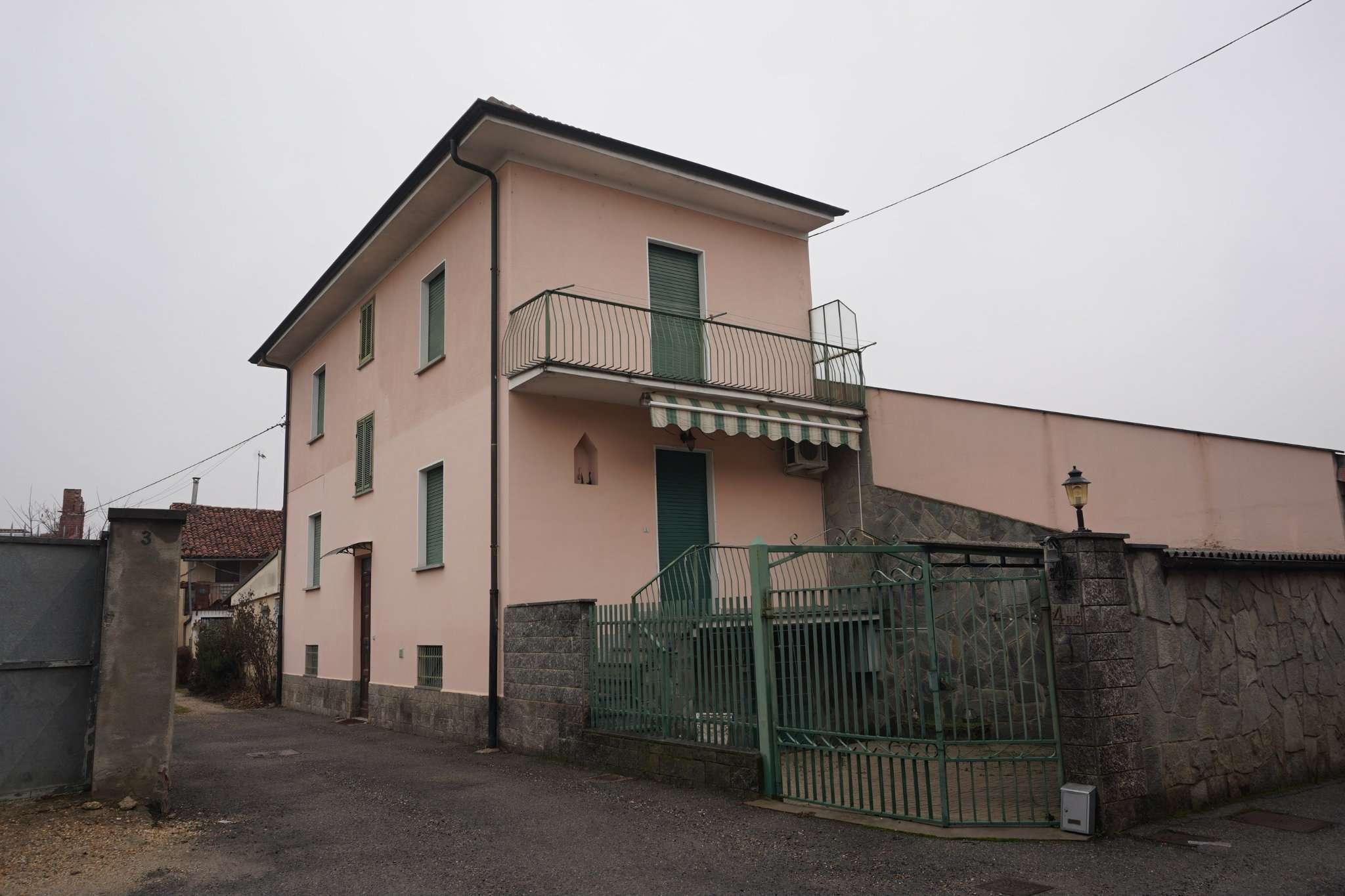 Soluzione Indipendente in vendita a Carmagnola, 5 locali, prezzo € 115.000 | Cambio Casa.it
