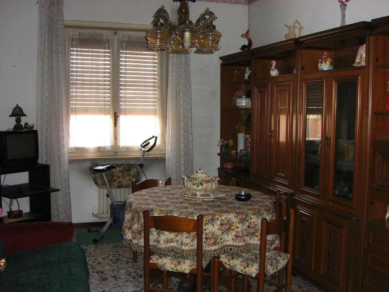 Appartamento in affitto a Carmagnola, 3 locali, prezzo € 350 | Cambio Casa.it