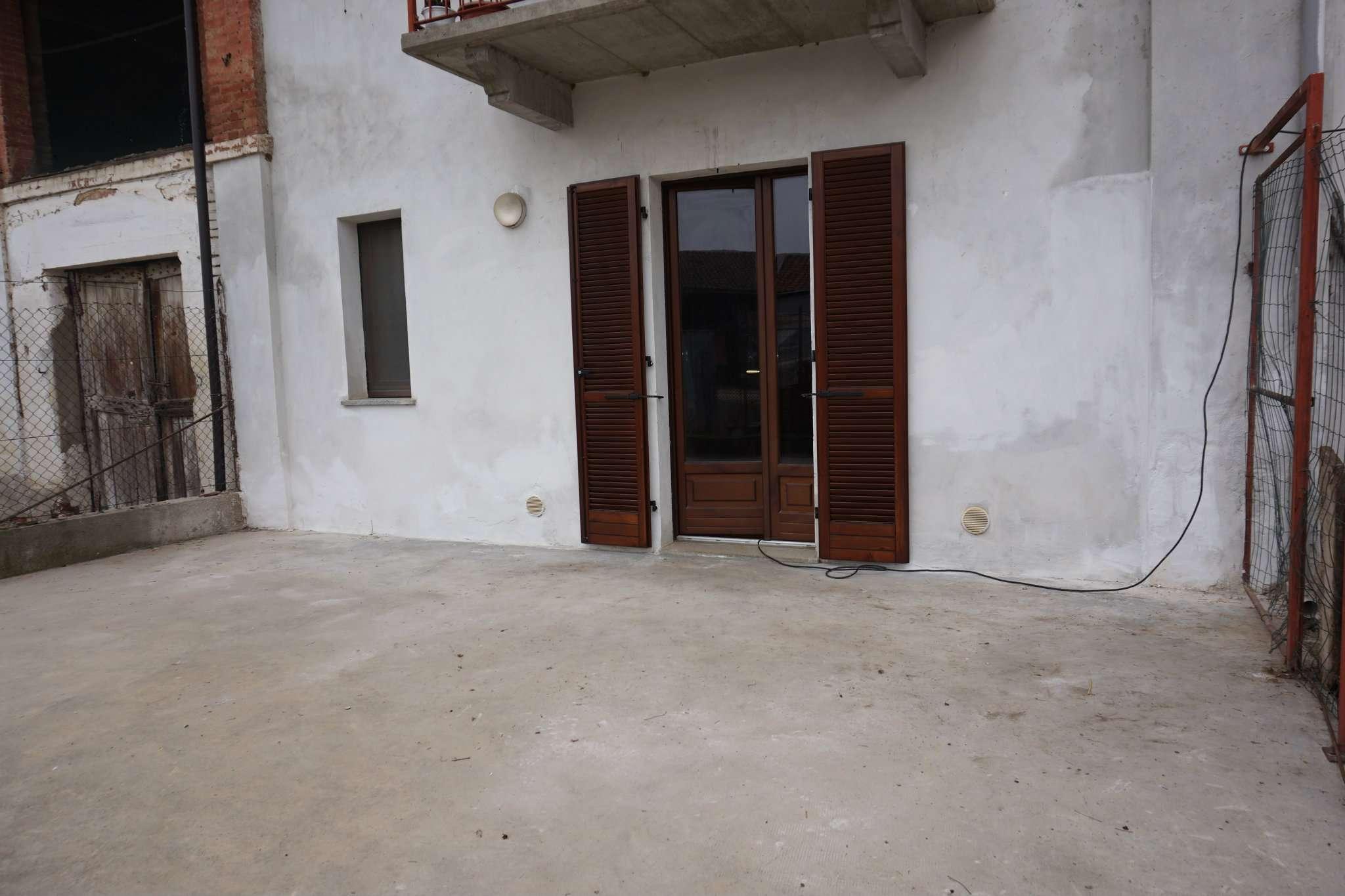 Appartamento in affitto a Carmagnola, 2 locali, prezzo € 280   Cambio Casa.it