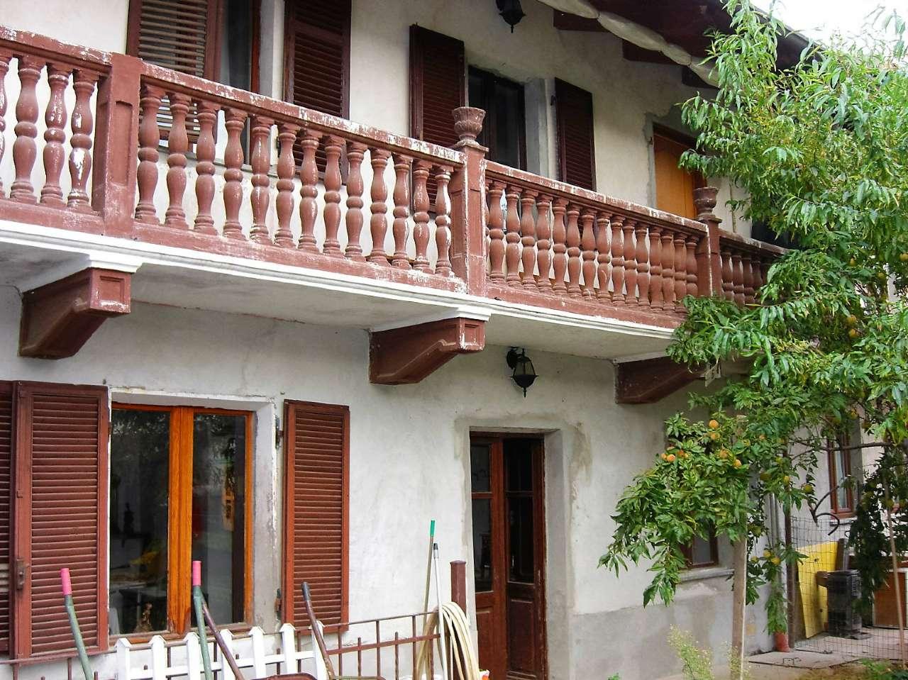 Soluzione Indipendente in vendita a Fiano, 5 locali, prezzo € 140.000 | Cambio Casa.it