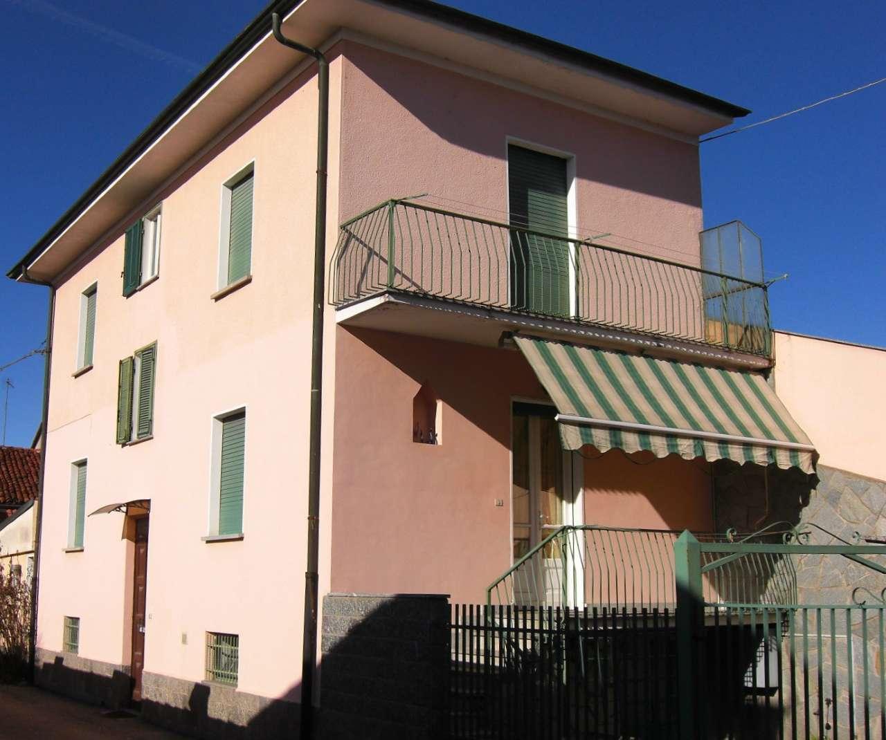 Soluzione Indipendente in vendita a Carmagnola, 6 locali, prezzo € 115.000 | Cambio Casa.it
