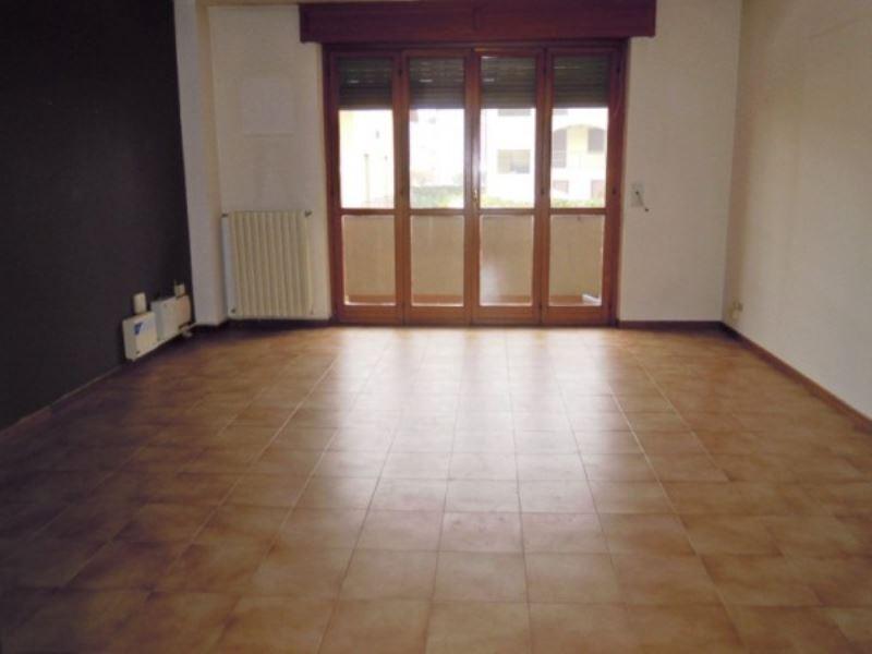 Appartamento in affitto a San Mauro Torinese, 4 locali, prezzo € 760 | Cambio Casa.it