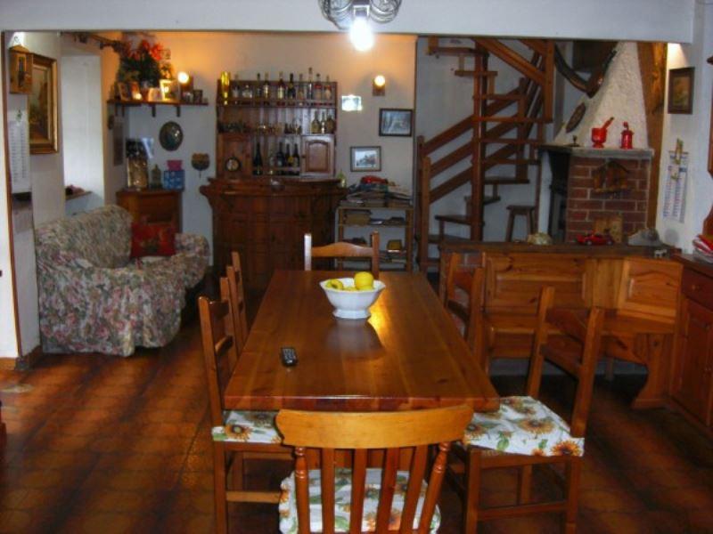 Soluzione Indipendente in vendita a Borgaro Torinese, 6 locali, prezzo € 250.000 | Cambio Casa.it