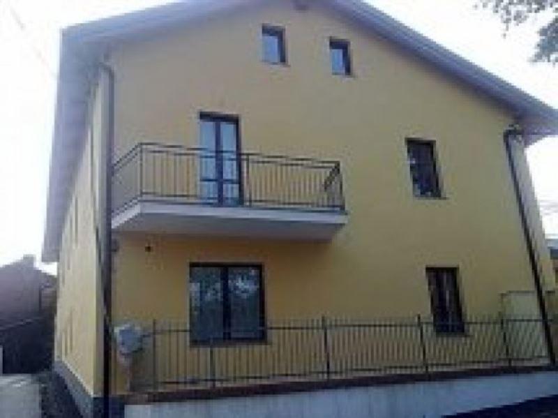 Soluzione Indipendente in vendita a Chivasso, 6 locali, prezzo € 230.000 | Cambio Casa.it
