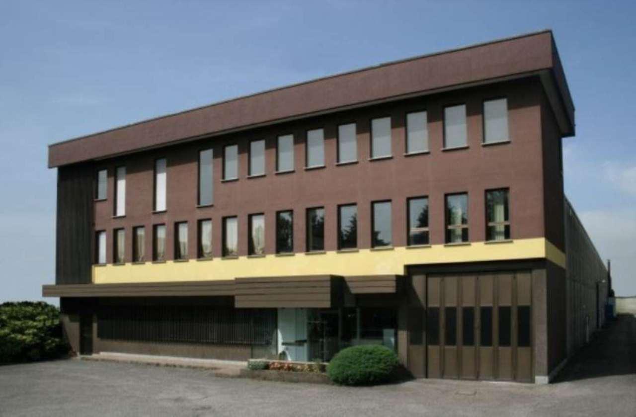 Capannone in vendita a Seregno, 9999 locali, prezzo € 1.850.000 | Cambio Casa.it