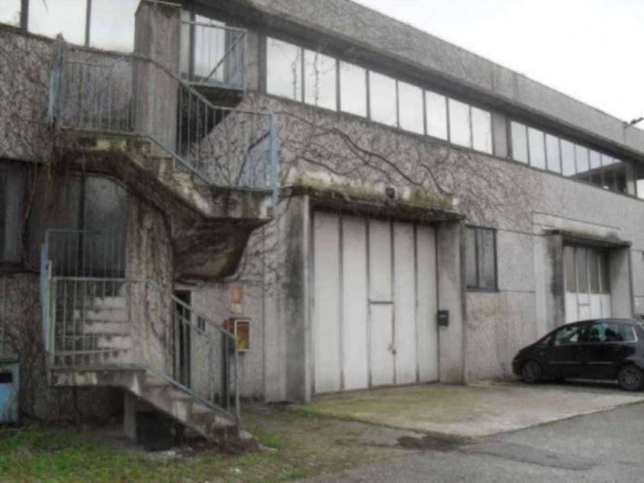 Capannone in affitto a Muggiò, 2 locali, prezzo € 2.000 | Cambio Casa.it