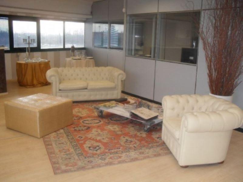Ufficio / Studio in affitto a Muggiò, 3 locali, prezzo € 650 | CambioCasa.it