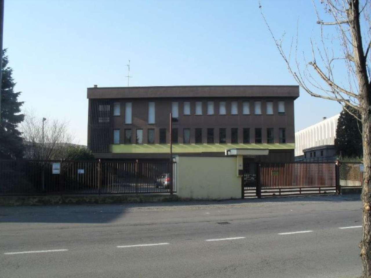 Capannone in vendita a Seregno, 9999 locali, prezzo € 1.500.000 | CambioCasa.it