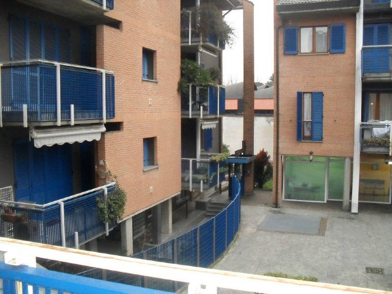 Appartamento in affitto a Desio, 2 locali, prezzo € 580   CambioCasa.it