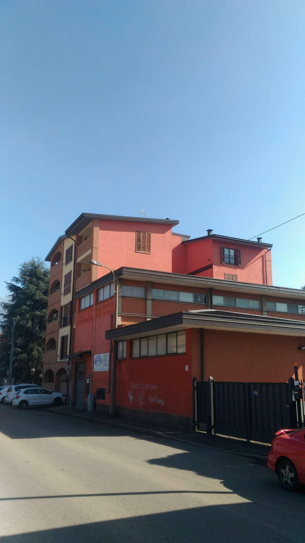 Laboratorio in affitto a Lissone, 2 locali, prezzo € 1.500 | Cambio Casa.it