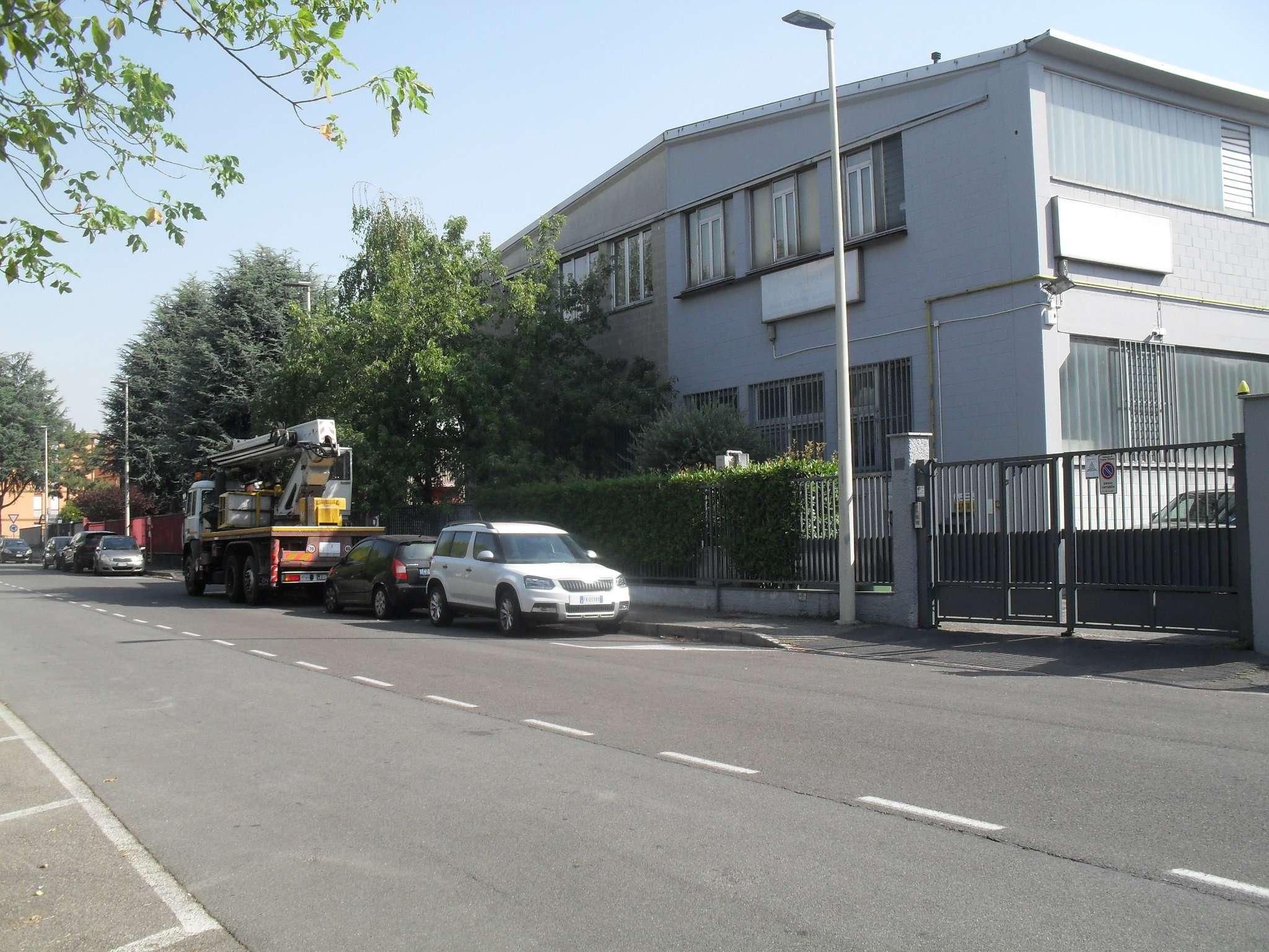 Capannone in affitto a Cusano Milanino, 2 locali, prezzo € 4.200 | CambioCasa.it