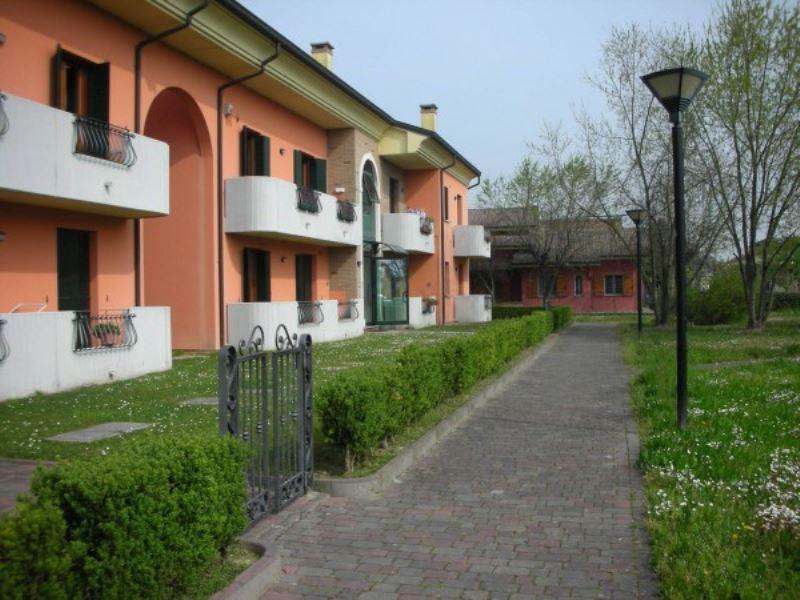 Appartamento in vendita a Legnaro, 2 locali, prezzo € 77.000 | Cambio Casa.it