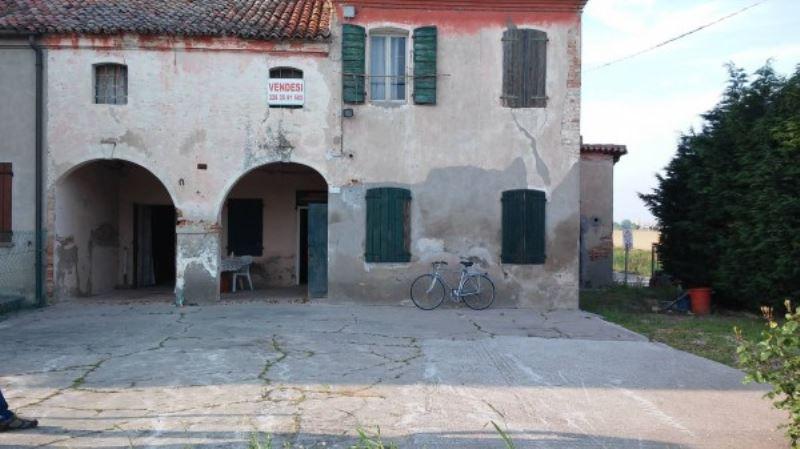 Rustico / Casale in vendita a Brugine, 5 locali, prezzo € 95.000 | Cambio Casa.it