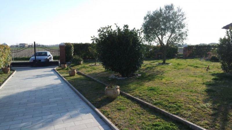 Villa in Vendita a Codevigo