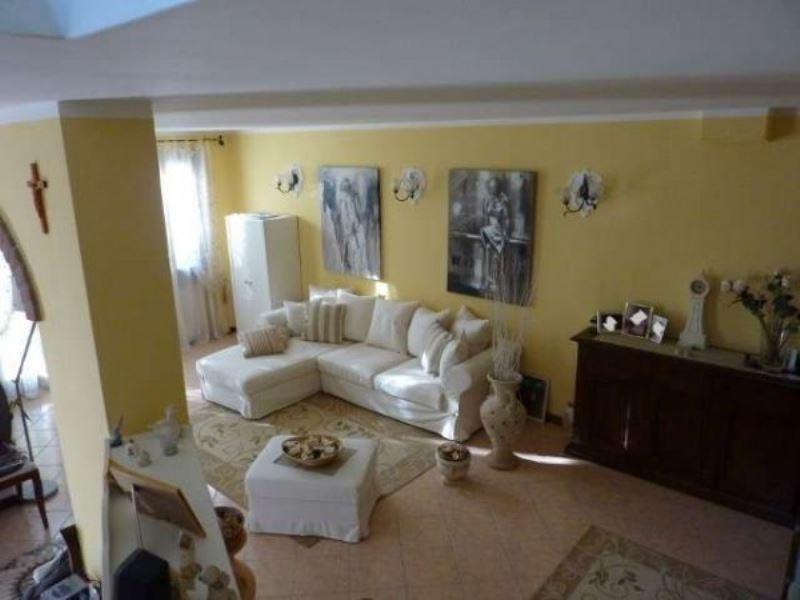 Villa in vendita a Legnaro, 6 locali, prezzo € 345.000 | Cambio Casa.it