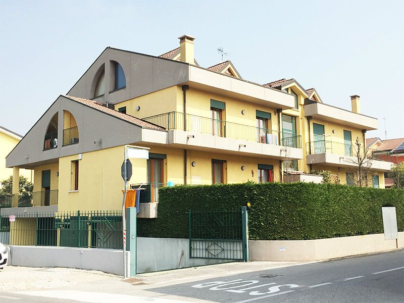 Appartamento in vendita a Legnaro, 4 locali, prezzo € 122.000 | Cambio Casa.it