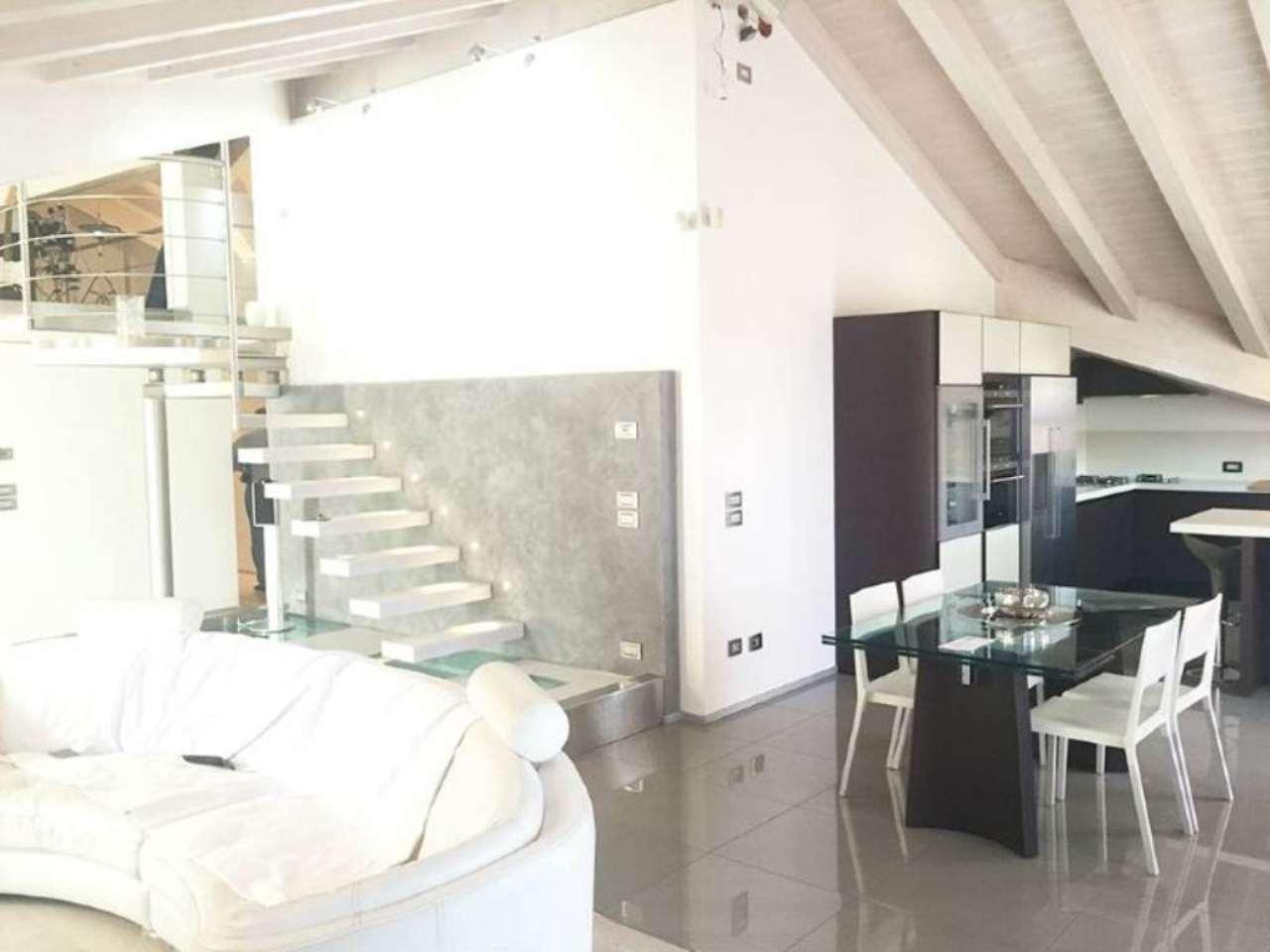 Attico / Mansarda in vendita a Noventa Padovana, 7 locali, prezzo € 420.000 | Cambio Casa.it