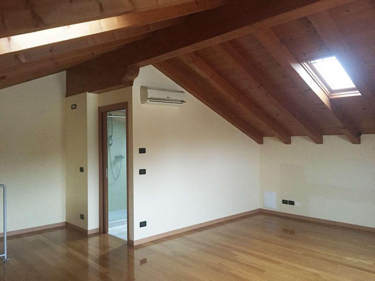 Appartamento in vendita a Polverara, 5 locali, prezzo € 130.000   Cambio Casa.it