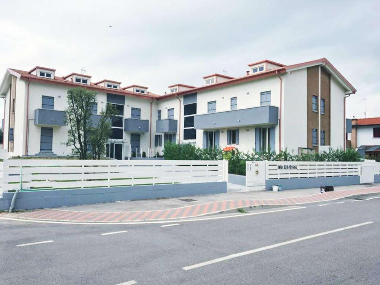 Appartamento in vendita a Fossò, 4 locali, prezzo € 105.000 | CambioCasa.it